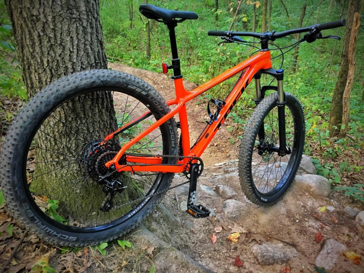 Watch The 8 Best Mountain Bikes to Buy in 2019 video
