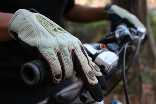 dakine-cross-x-glove-review.jpg