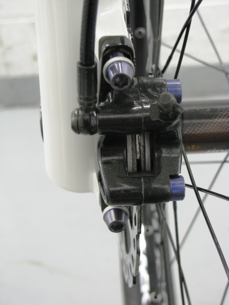 How To Install A Front Fork Singletracks Mountain Bike News