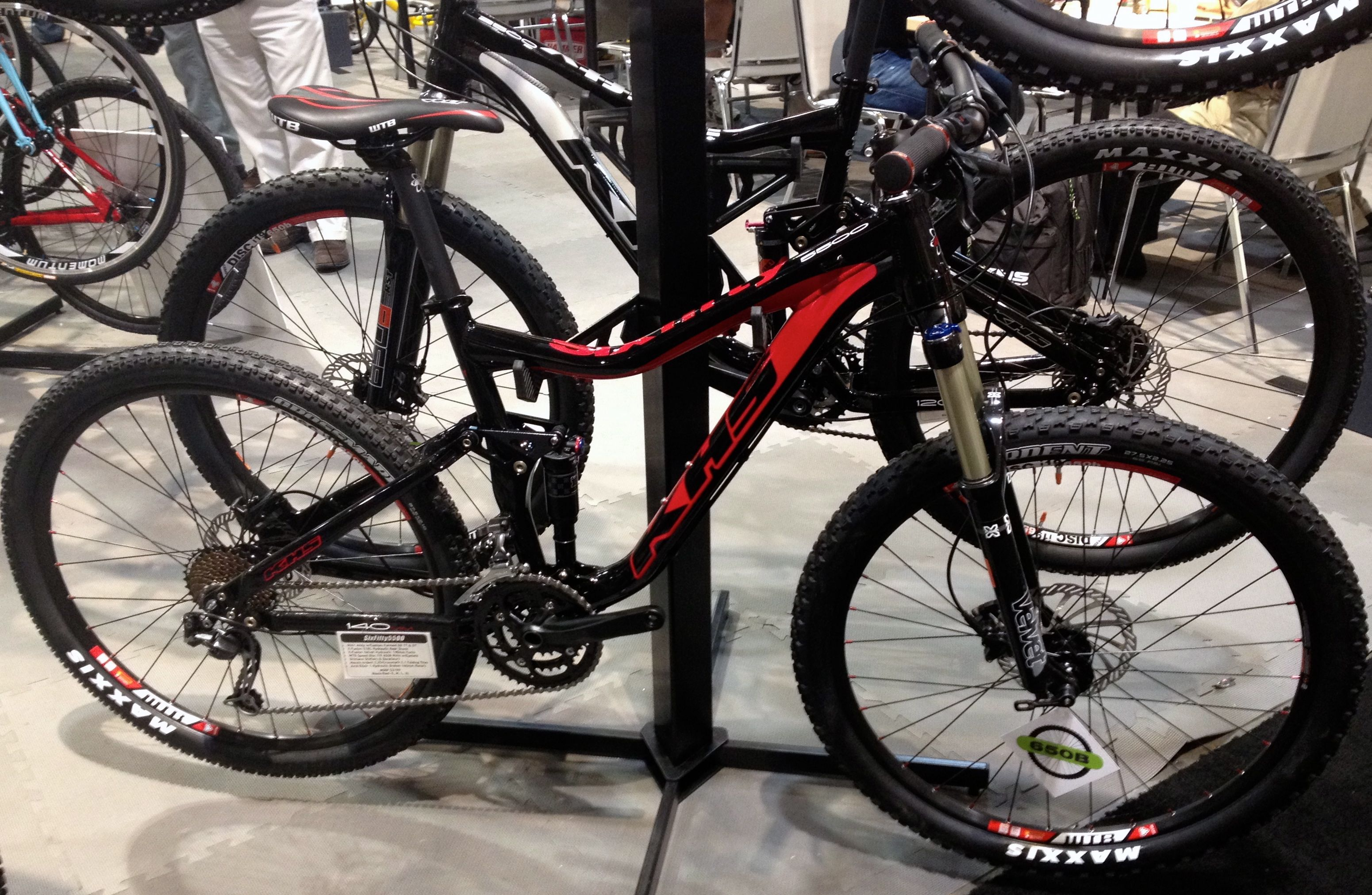 The 650b R Evolution Part 1 Jamis Khs And Tires