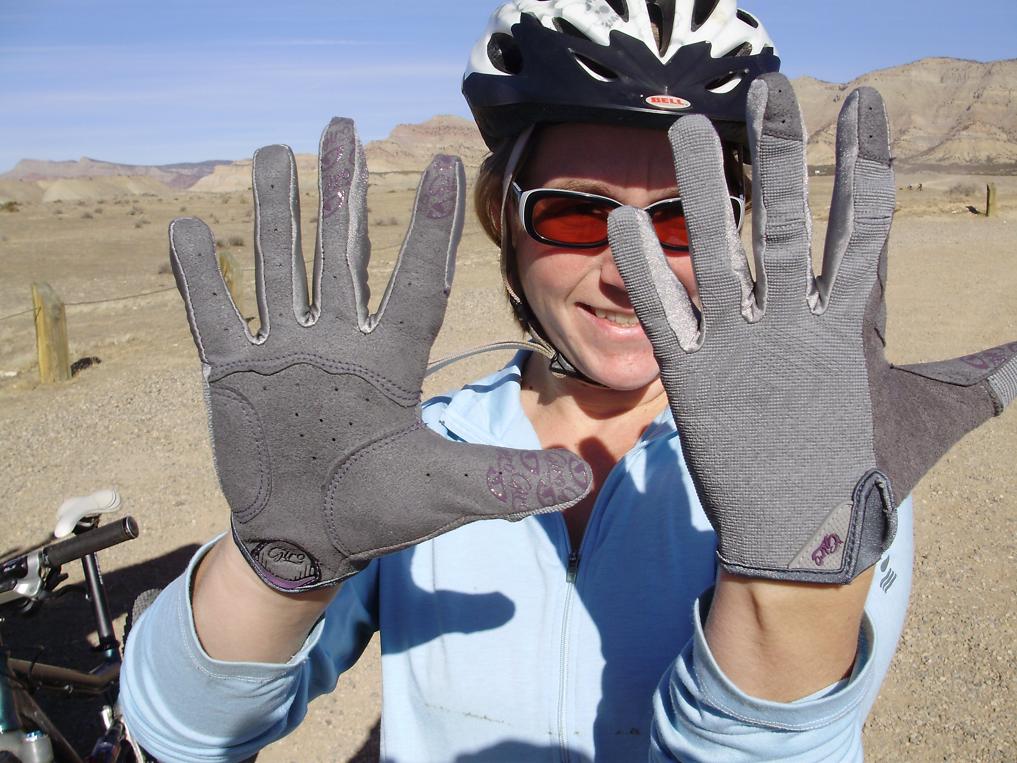LA DND Women's Cycling Trail Gloves