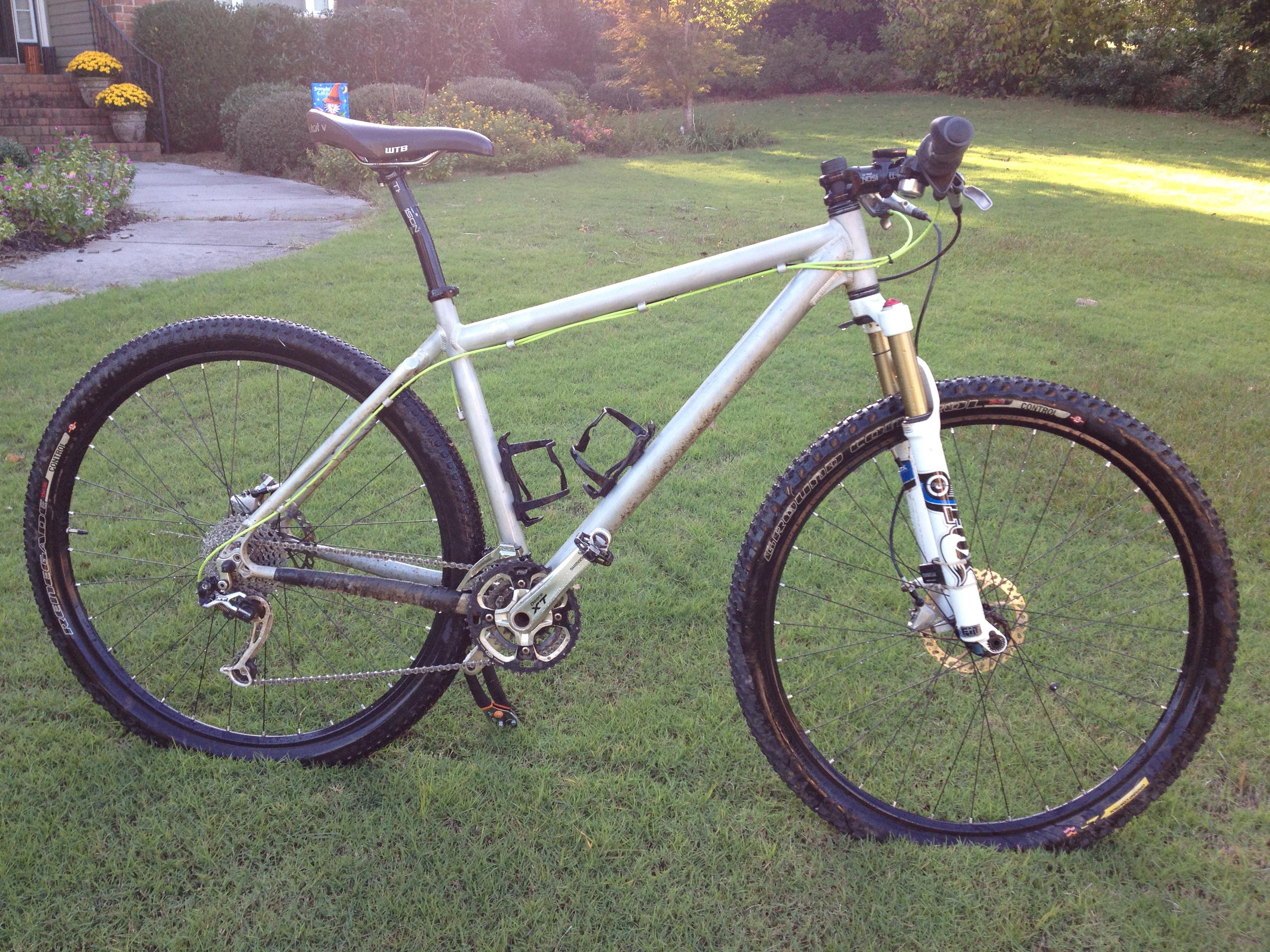 Bikes of Singletracks: Dustin\'s Vassago Jabberwocky - Singletracks ...