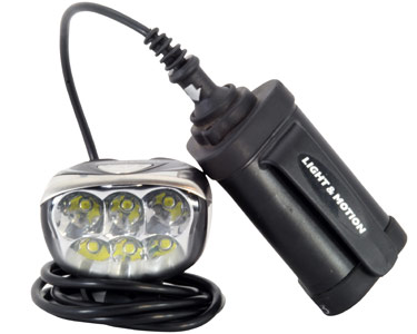 ... The Top Model That Light U0026 Motion Offered Was Pushing 1400 Lumens. Not  Only Is The Seca Now Available In A 1700 Lumen Model, Lu0026M Has Redesigned  The Body ...