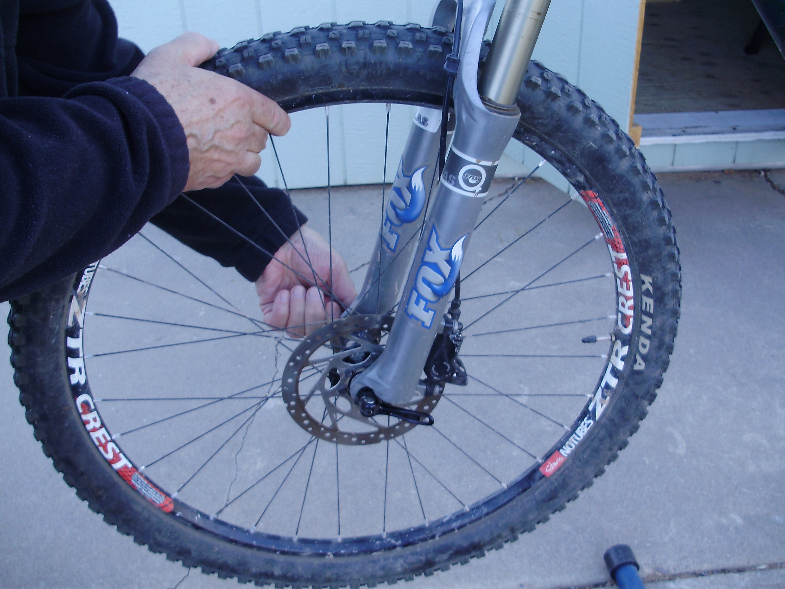 Disc brakes on the bike. Installation, replacement of disc brakes 57