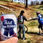 Mid-race beer handups. Photo: mtbgreg1.