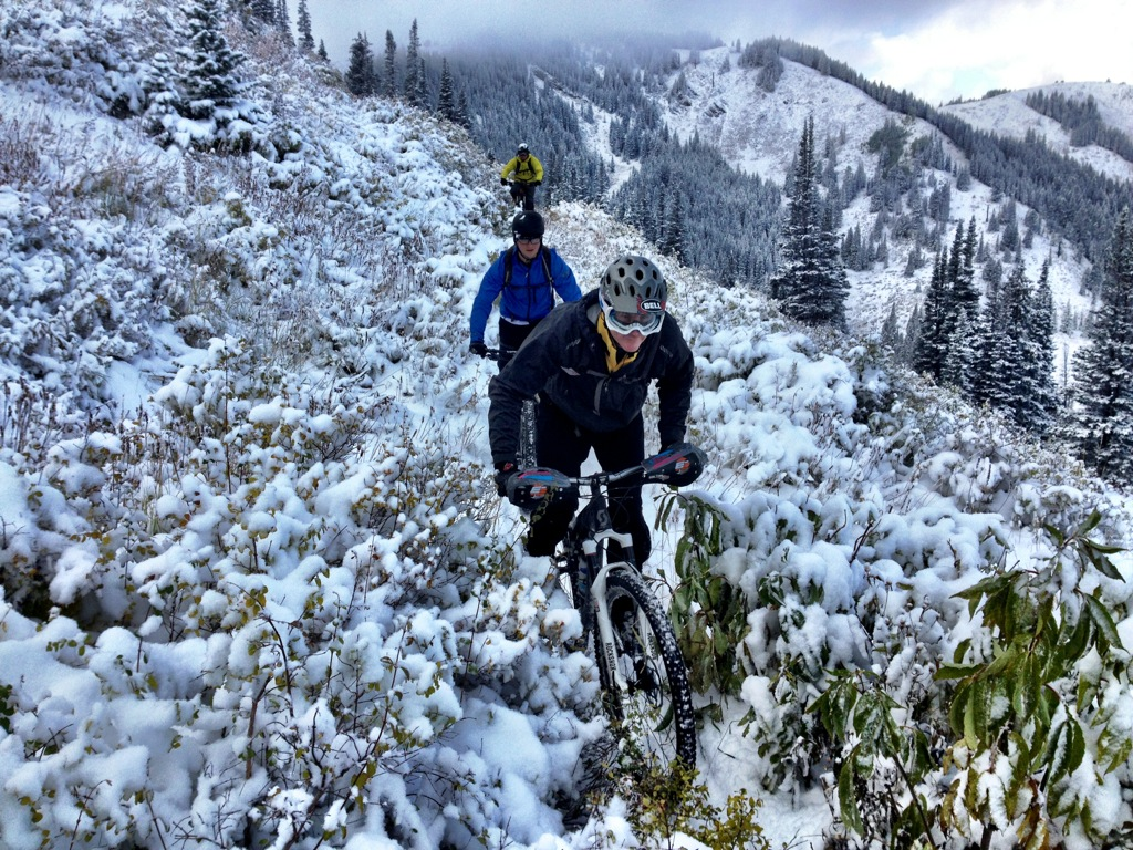 Riding Singletrack Gold Day 1 Slashing Pow On Mountain