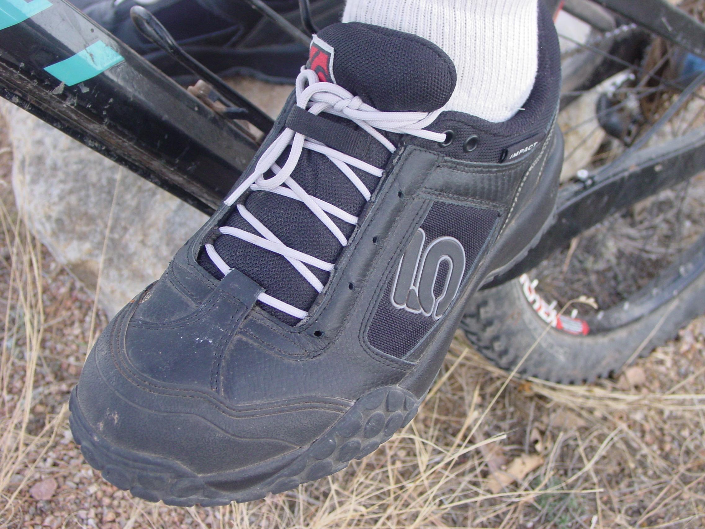review five ten impact low mountain bike shoe