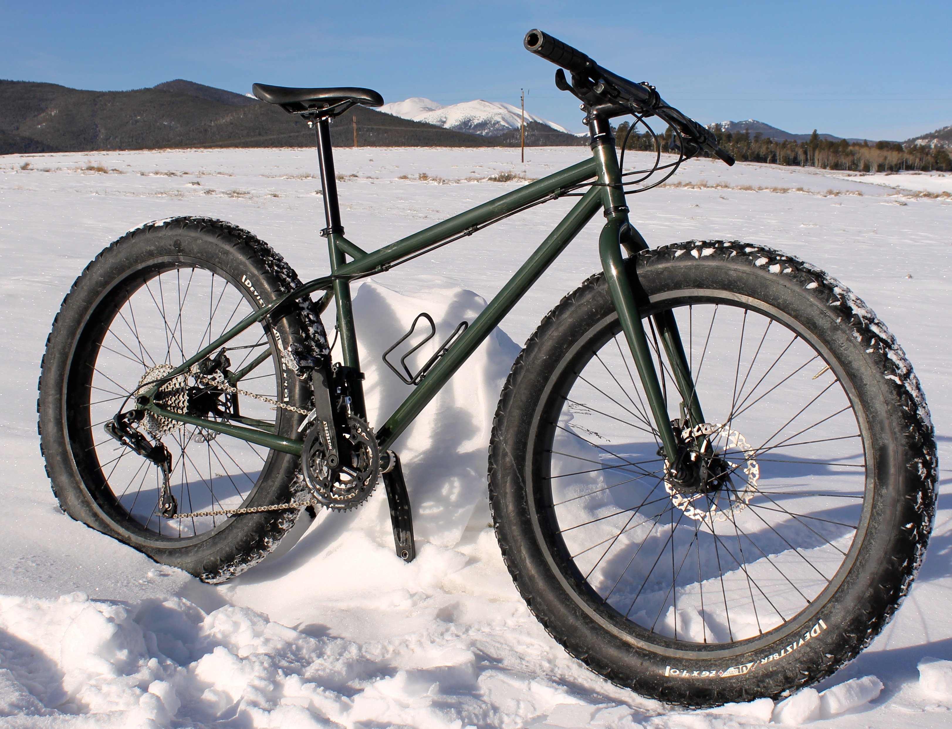 Bikes With Fat Rear Tires UL tires Ouray grips