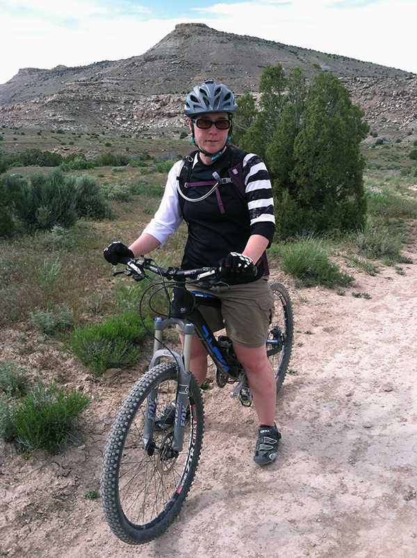 5dfcfdc54 10 Not-So-Obvious Tips that Every Beginning Mountain Biker Needs to ...