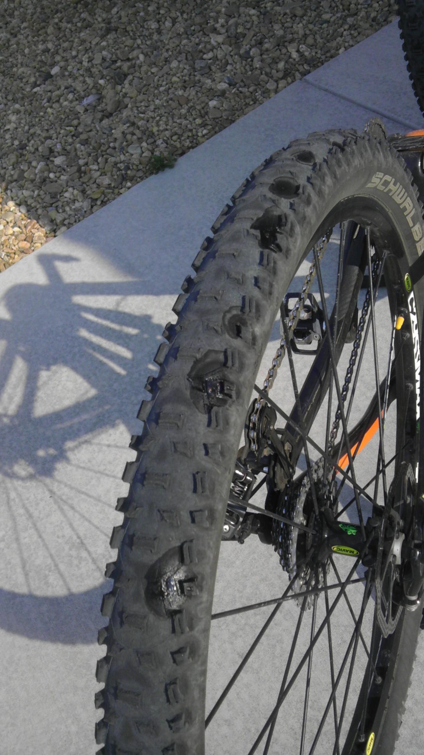 Can You Drive On A Flat Tire >> How To: Basic Bike Maintenance for Beginners - Singletracks Mountain Bike News