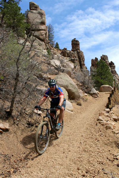 Gravelly steeps did have me wishing for wider rubber. Trail: Columbine, Colorado Springs, CO. Photo: mtbgreg1.