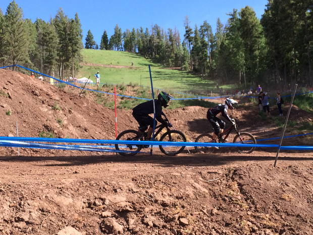 Pros racing the dual slalom course.