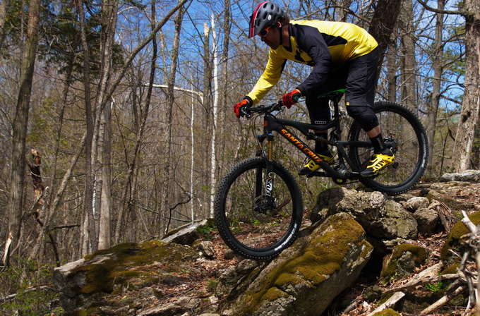 Review Ion K Pact Knee Pads Singletracks Mountain Bike News