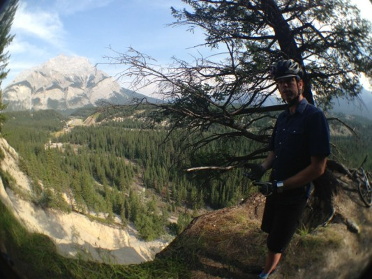 Our guide Andrew on the Tunnel Bench Loop overlooking the Cascade River.