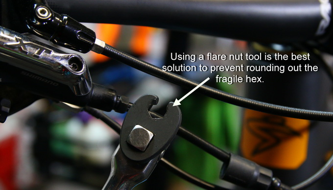 How To Change a Hydraulic Brake Line on Your MTB