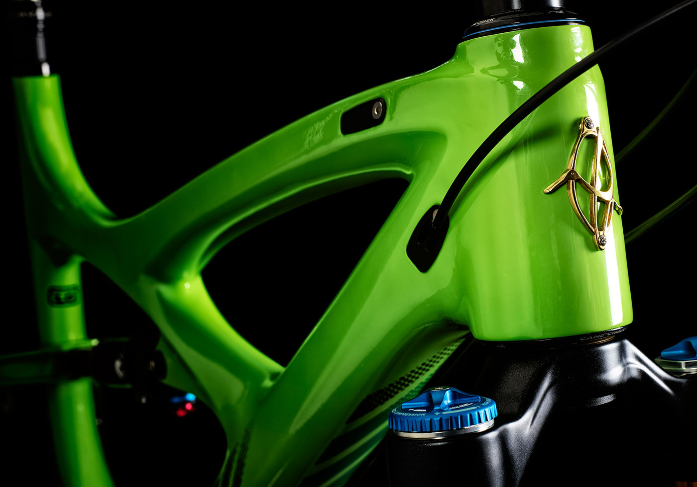Mojo-HD3-Head-Tube-Green-REVISED