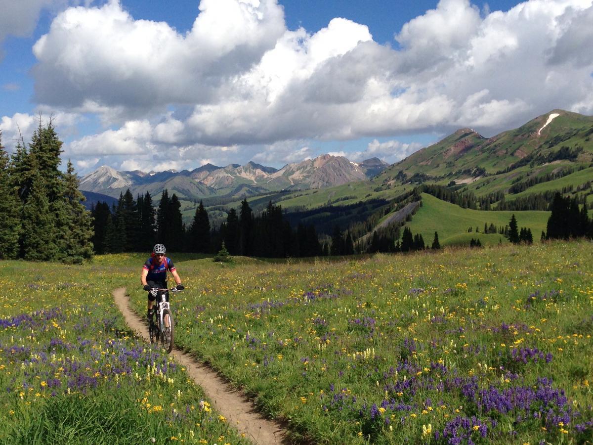 Trail 401, Crested Butte, Colorado. Photo: Magua X