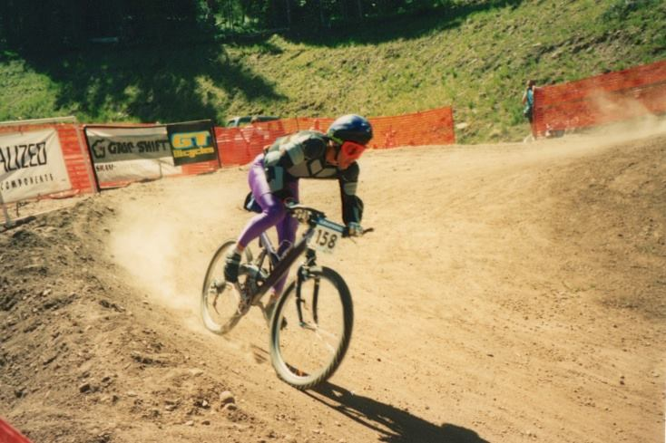 Body armor, purple lycra and a HeadShock. 1993 Grundig DH in Vail, CO. Photo: David Lingle