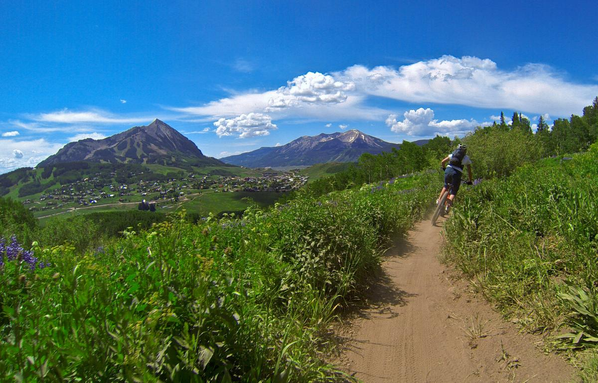 Trail: Snodgrass. Crested Butte, Colorado. Photo: Erik Proano