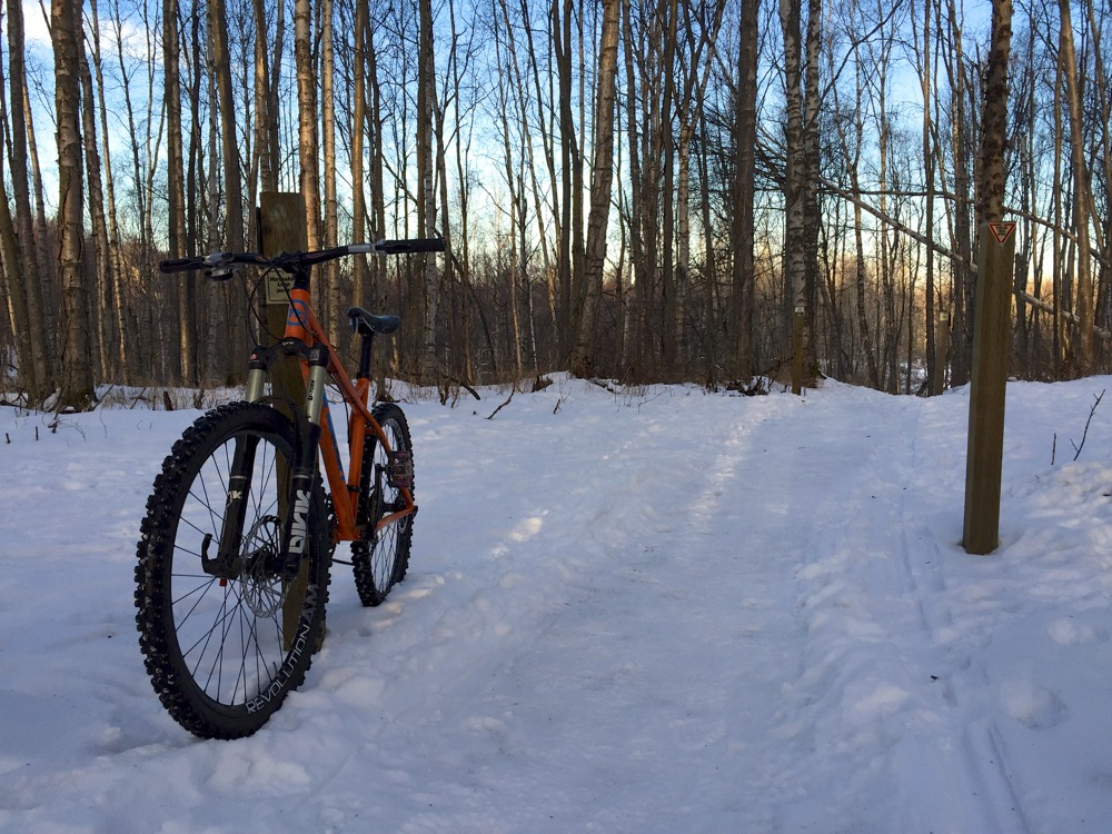 Studded Winter Tires >> Review: Nokian Extreme 294 Studded Tires: Winter Riding ...