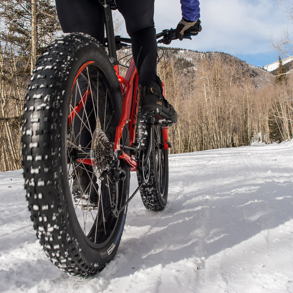 Riding Eggbeater pedals and Lake winter MTB boots