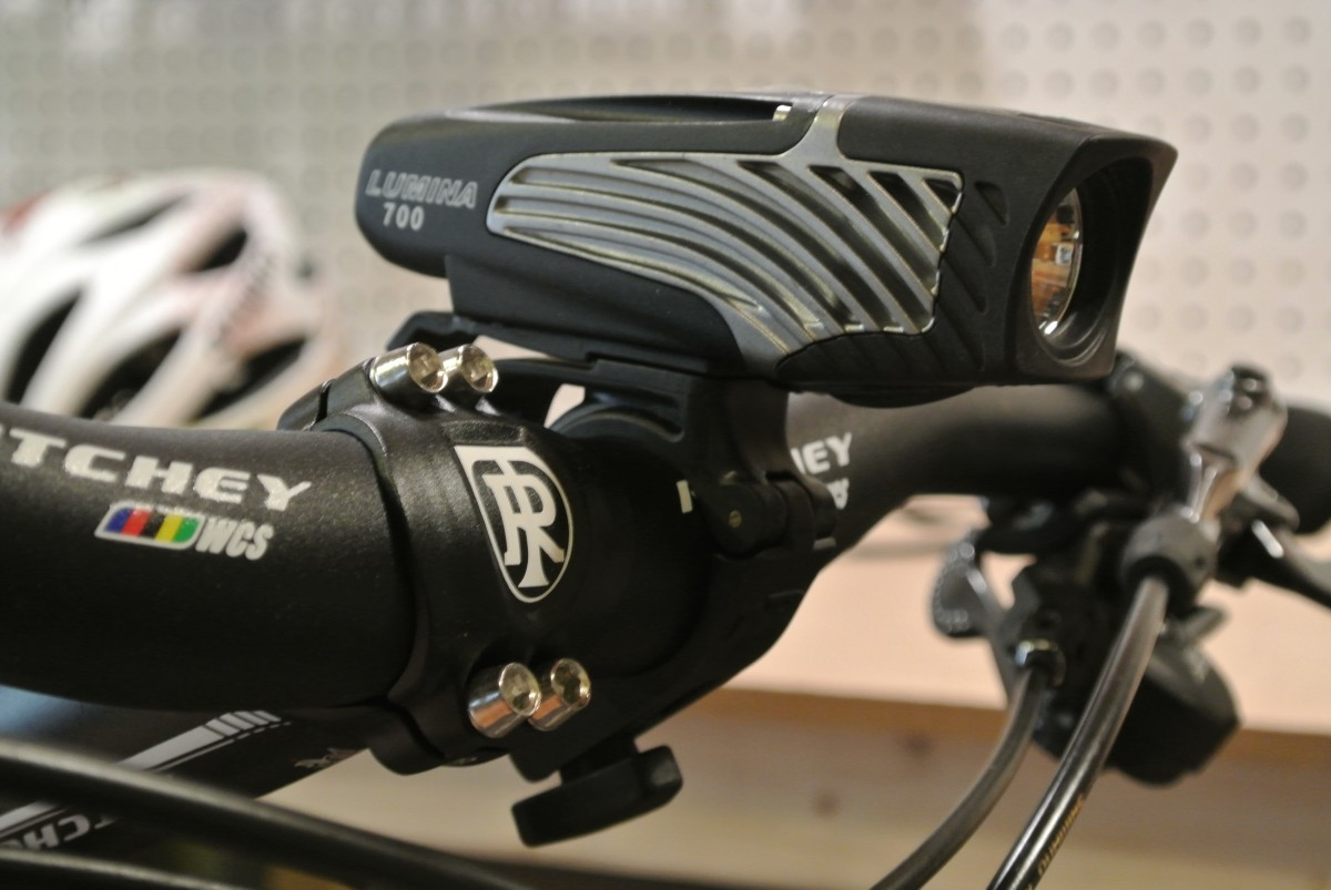The Nite Rider Lumina 700 with the included bar mount