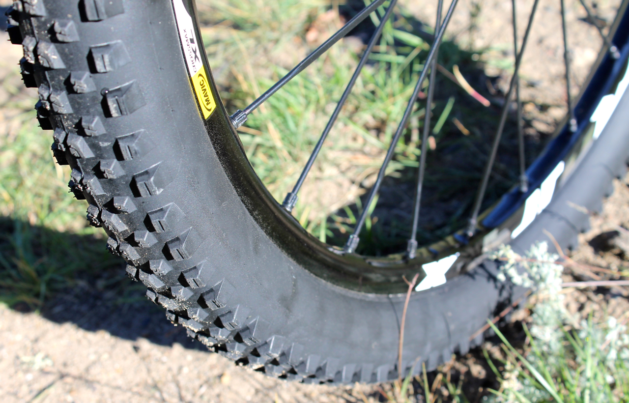 IMG_0028-tires-mavic-2015