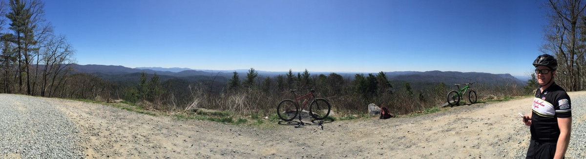 The view from the Bear Creek Overlook
