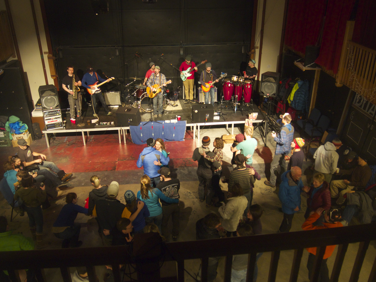 Denali Brewing Company provided the toast, and the Rabbit Creek Ramblers provided the jams