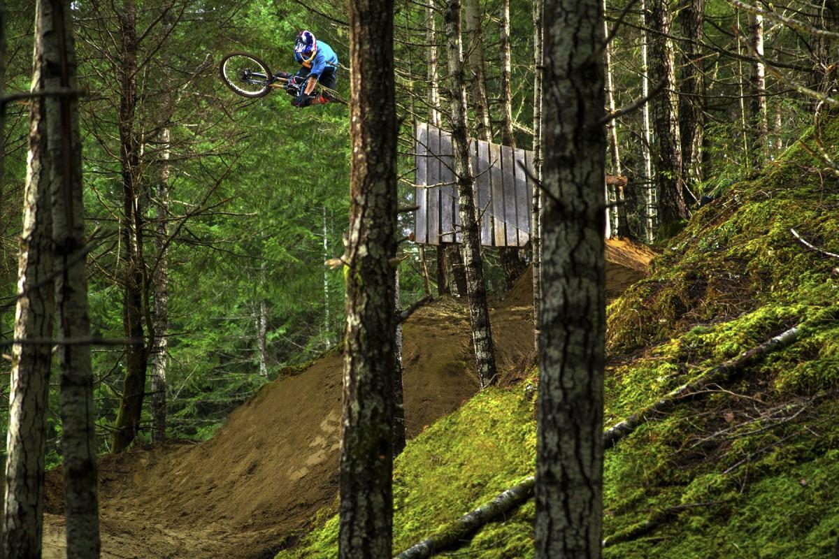 Rider: Darren Berrecloth. Photo: Sombrio Cartel