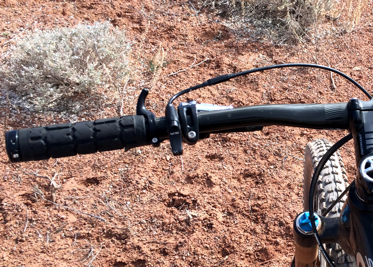 The TOGS provide alternate hand positioning on the handlebar for long rides.