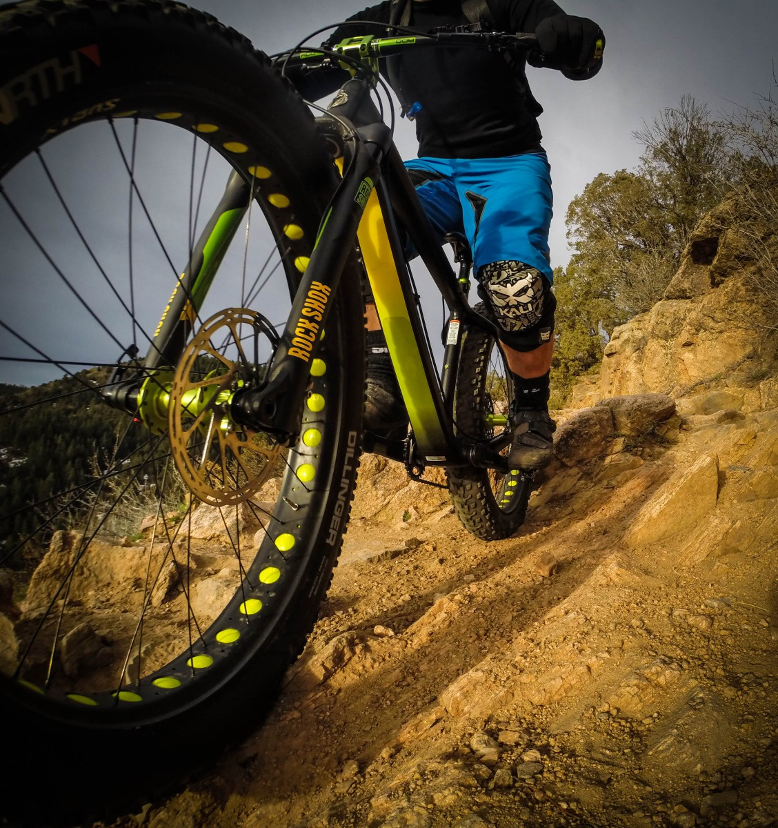Compress that fork! It's easy to burn through travel when riding hard on rocky trails...but the Bluto can take it!