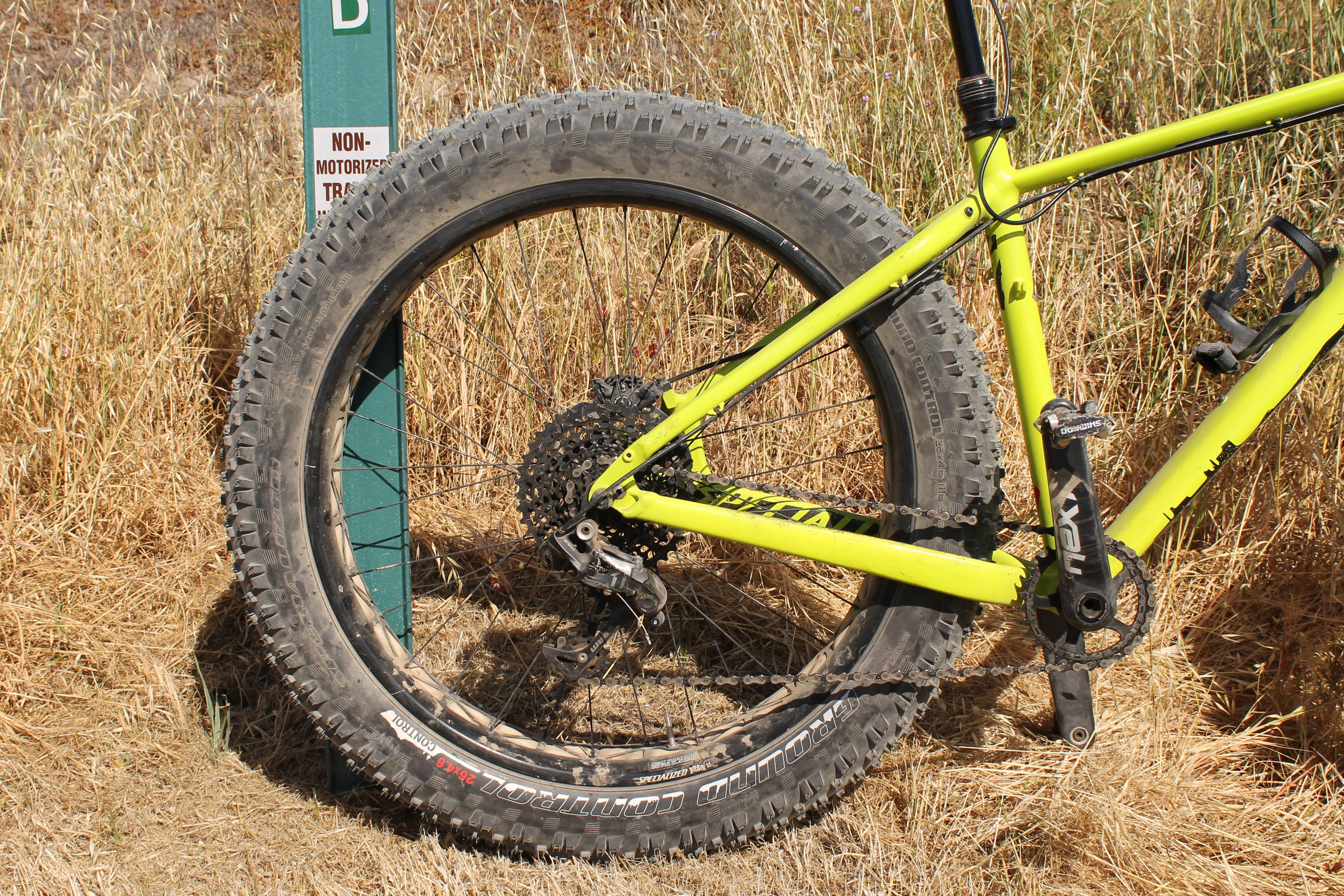 test ride review specialized fatboy pro fat bike. Black Bedroom Furniture Sets. Home Design Ideas