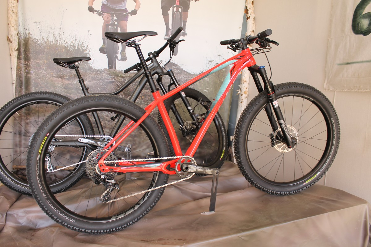 12 new 27 5 mountain bikes at sea otter 2015. Black Bedroom Furniture Sets. Home Design Ideas