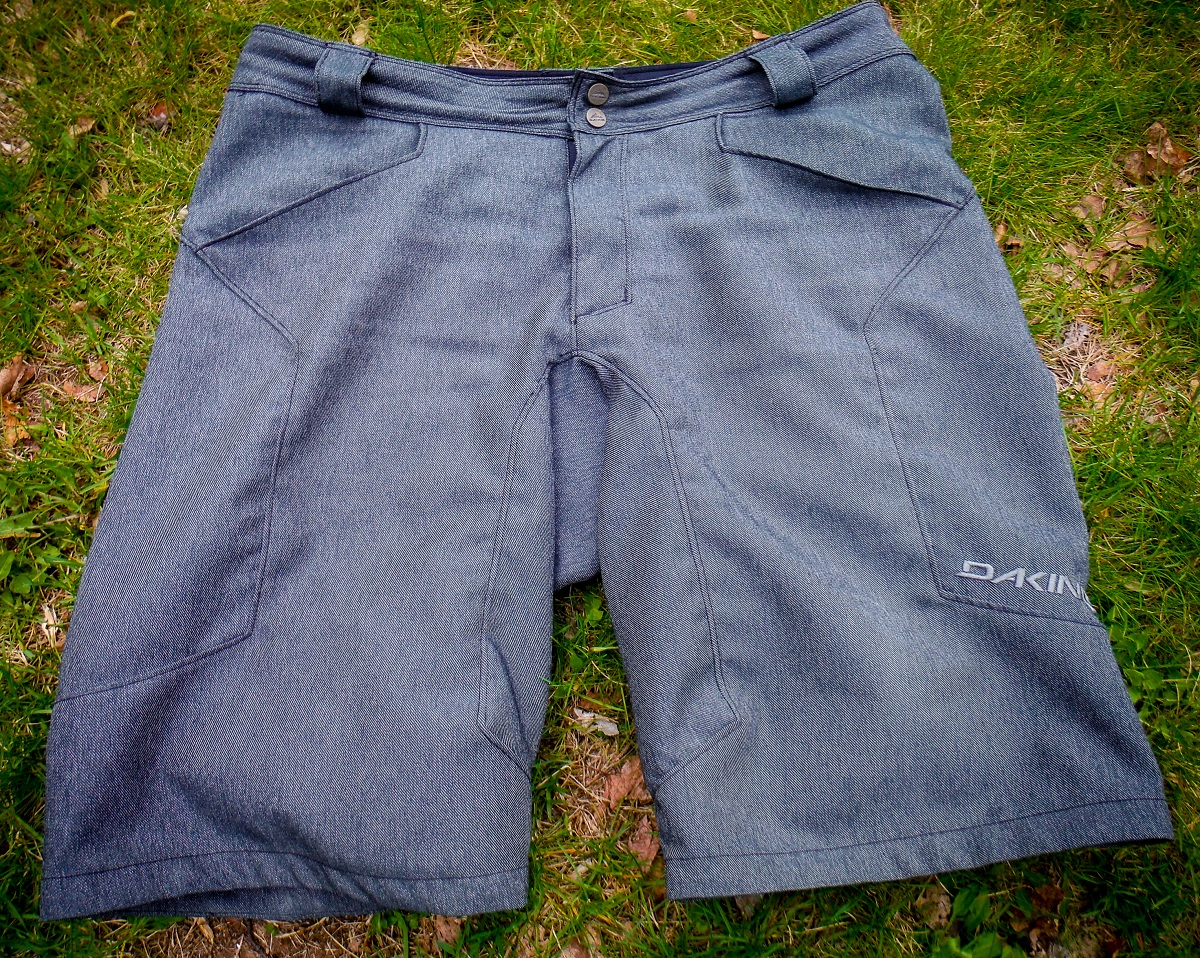 dakine shorts 1200 pic 2 front