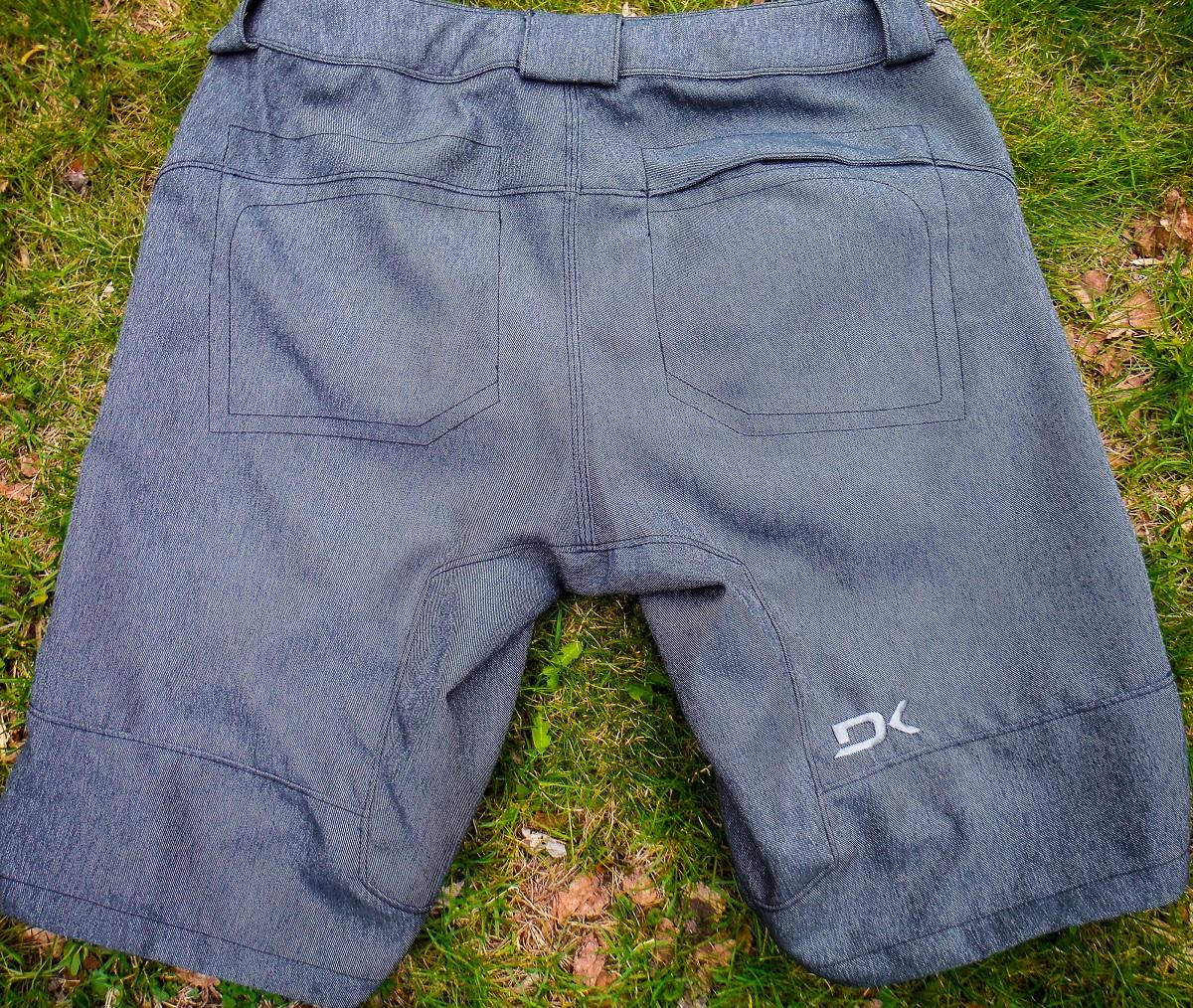 dakine shorts 1200 pic 3 back