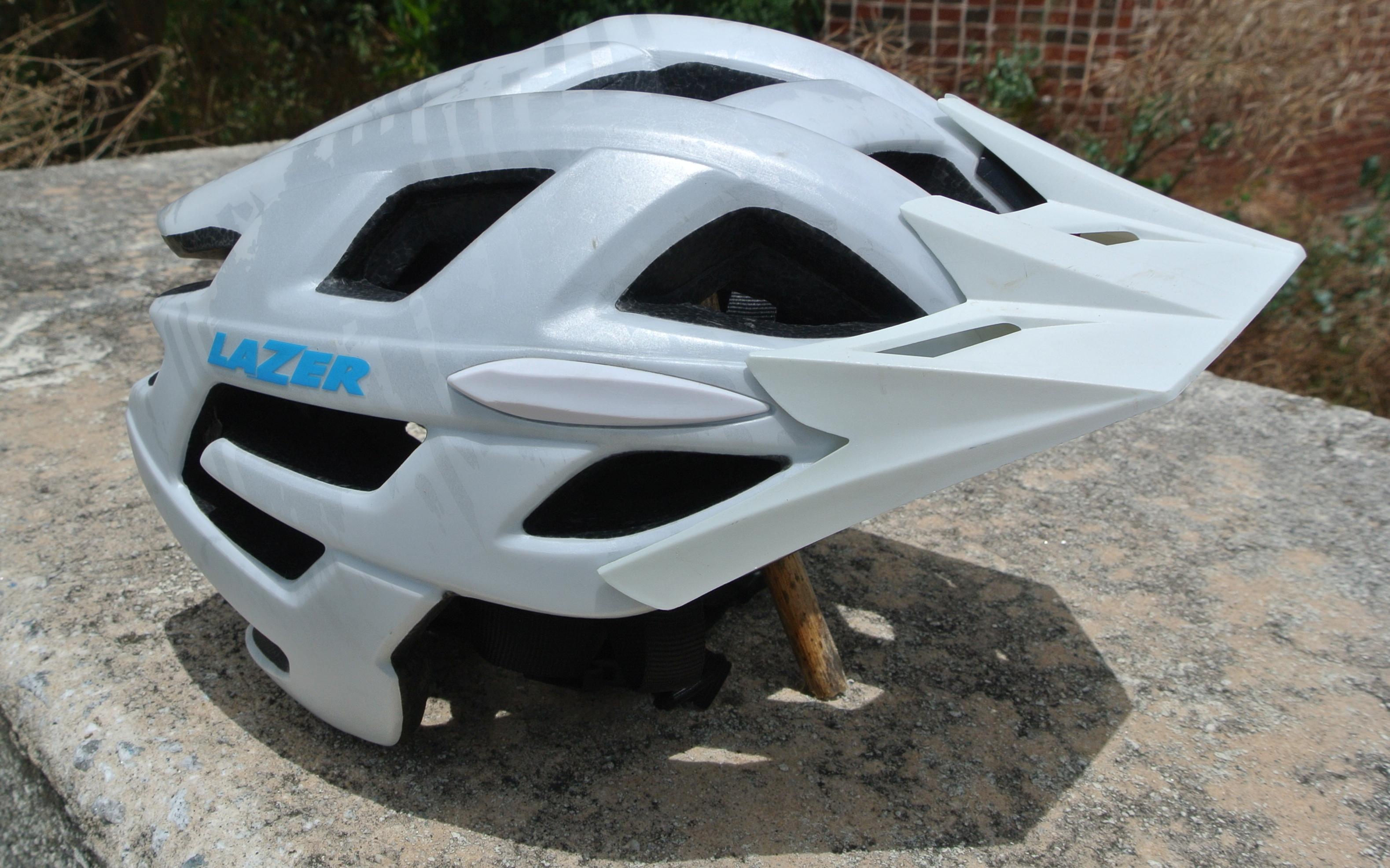 Review Lazer Ultrax Mountain Bike Helmet Singletracks Mountain