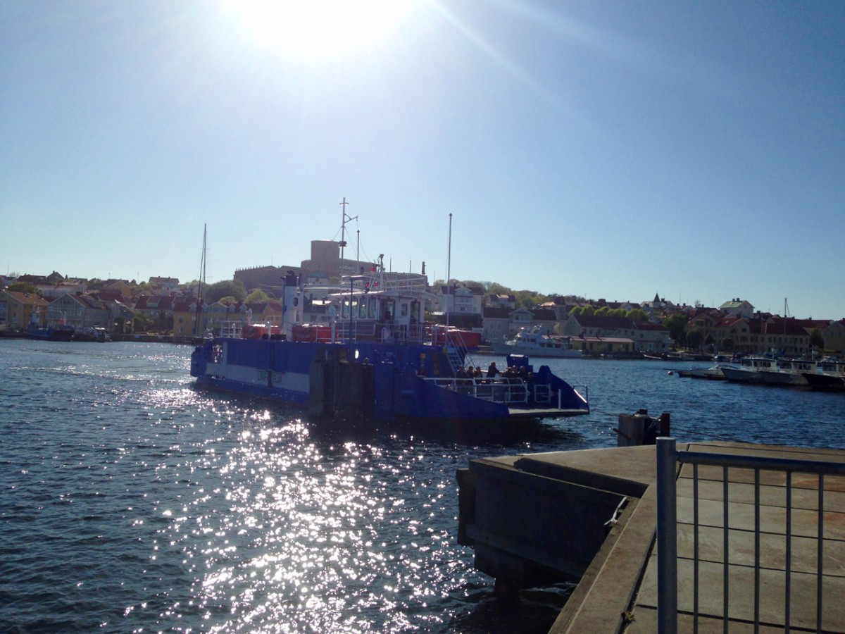 A short ferry ride across the channel is the only way to access Marstrand Island. While this ferry only takes about 3 minutes, larger ferries are required to make the 15-30 minute trek to islands in the southern archipelago. Photo: Greg Heil.