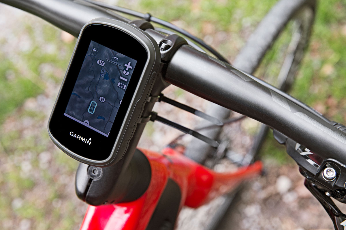 The new touch screen is optimized to be sunlight-readable. photo: Garmin.