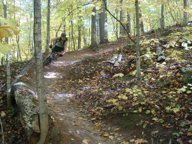 Despite not having dramatic elevation, parts of South Marquette to invite real speed (photo: DjSmooth)