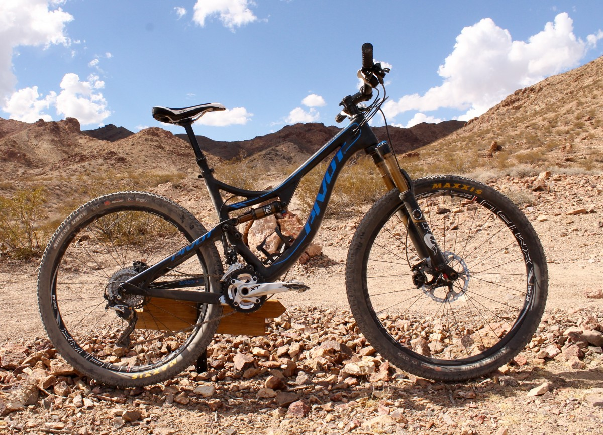 Test Ride Review Pivot Mach 4 Carbon Singletracks Mountain Bike News