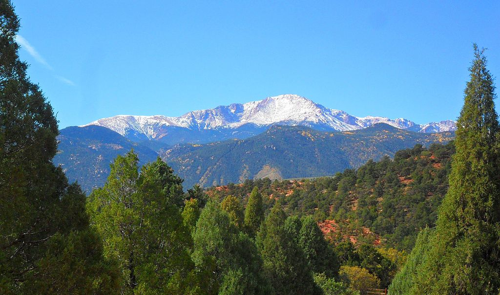 Pikes Peak. Photo by Hogs555 (Own work) [CC BY-SA 3.0 (http://creativecommons.org/licenses/by-sa/3.0)], via Wikimedia Commons.