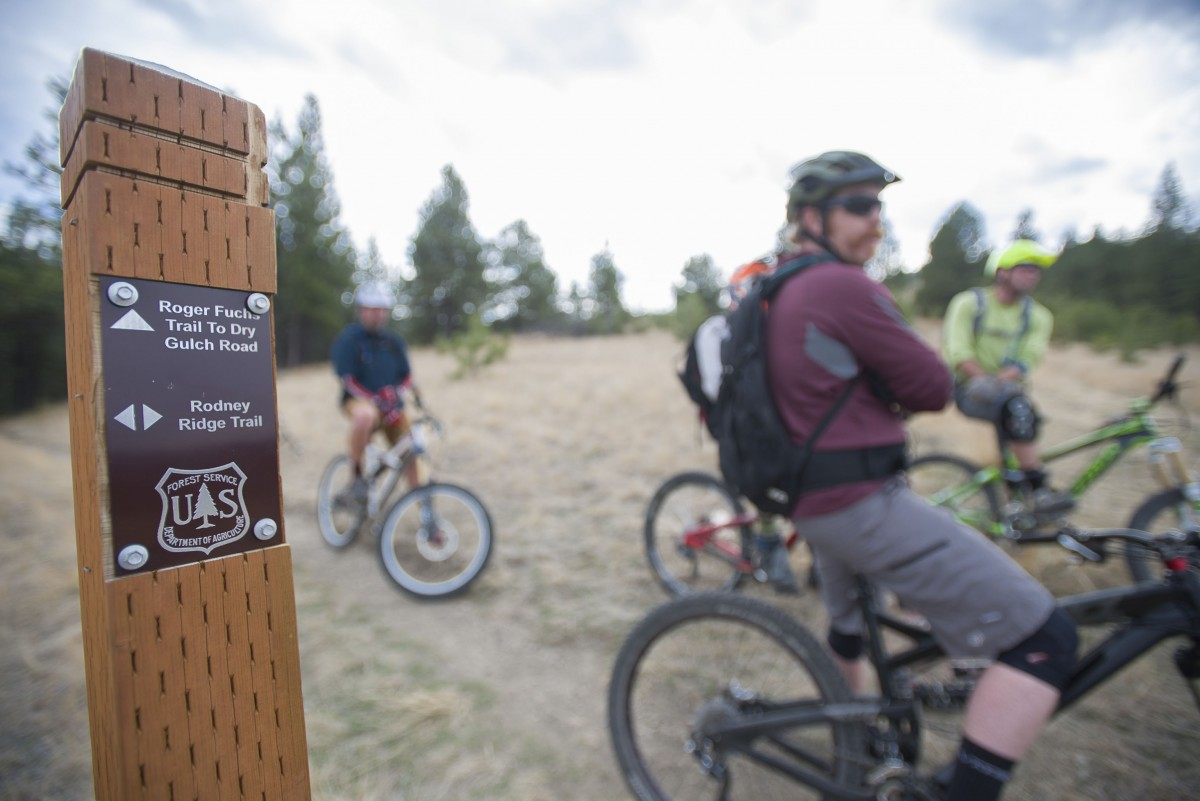 One of the few trail marker posts. Photo: BobAllenImages.com