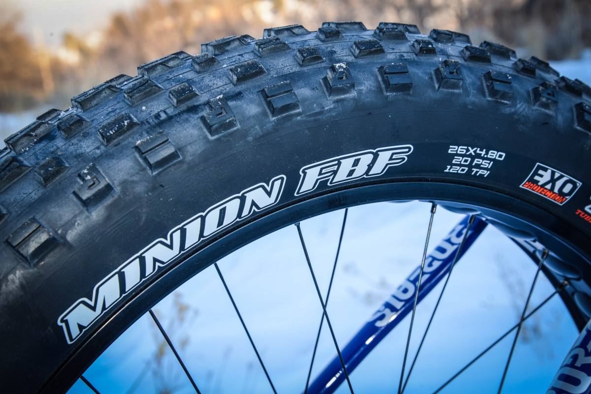 The Maxxis Minion FBF 4.8s are on the hefty side at 1620 grams, but have a lot of traction, float well, and paddle well.