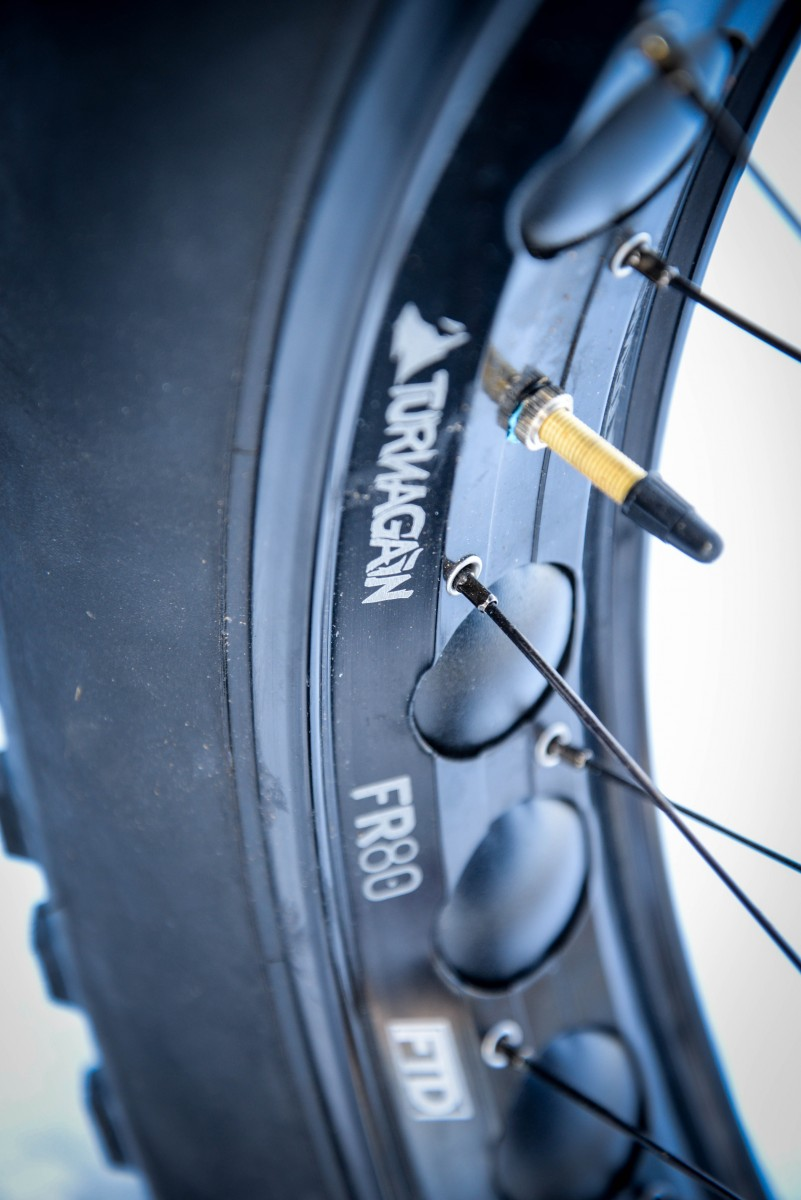80mm Turnagain rims setup tubeless with ease