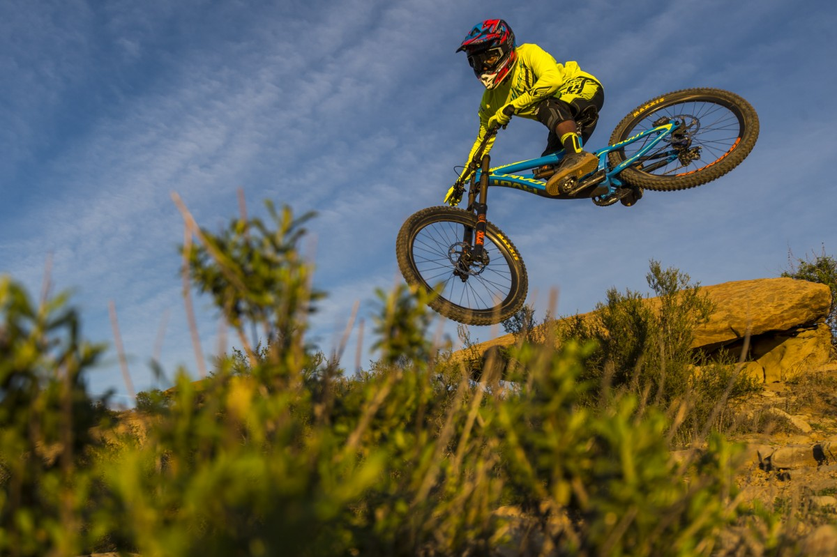 New year, new bike. Eliot Jackson on the Pivot Phoenix (photo: Colin Meagher)