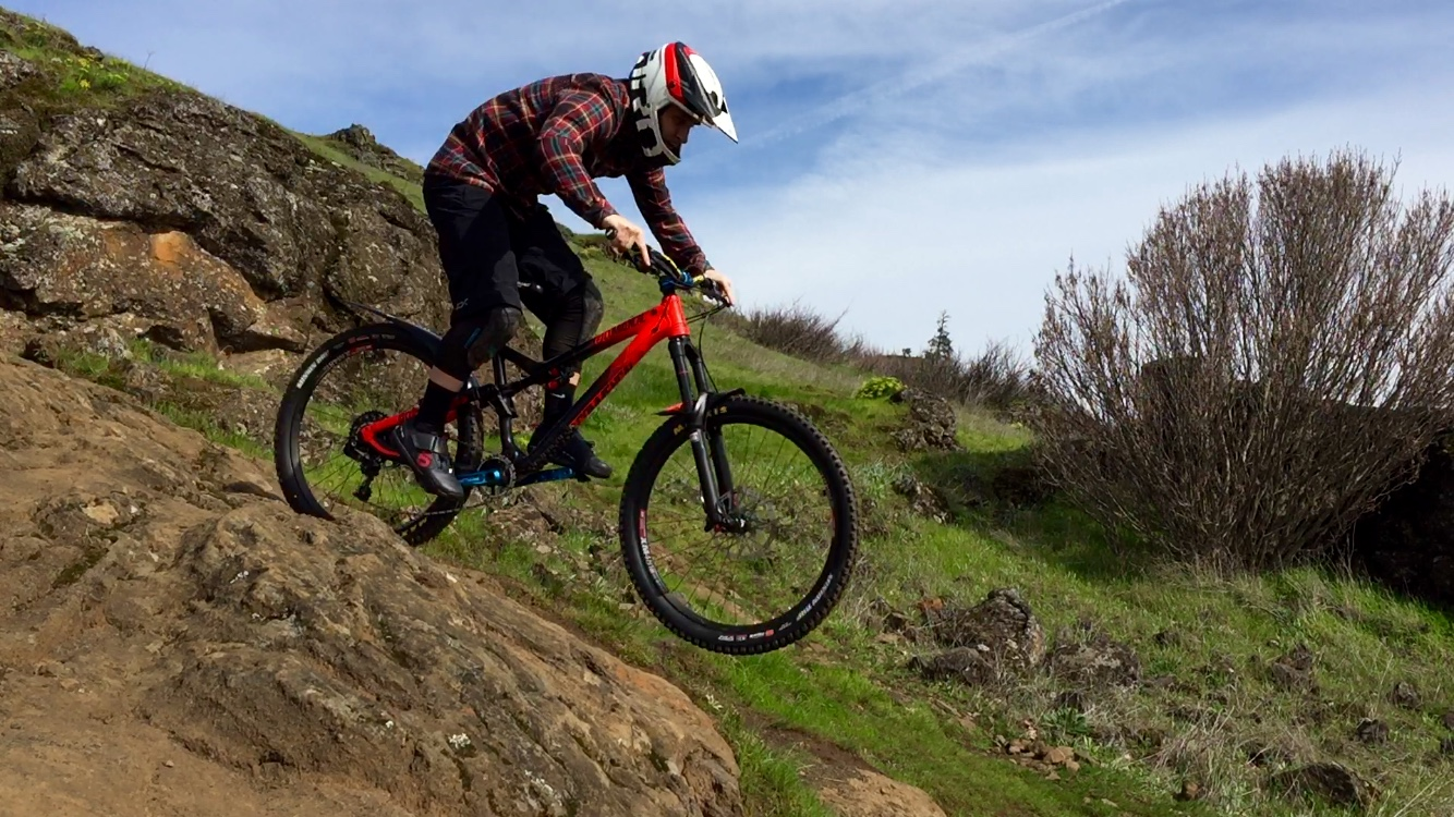 71a379f54 Steezin  in the Dakine Oakridge Flannel Shirt  A Review - Singletracks  Mountain Bike News