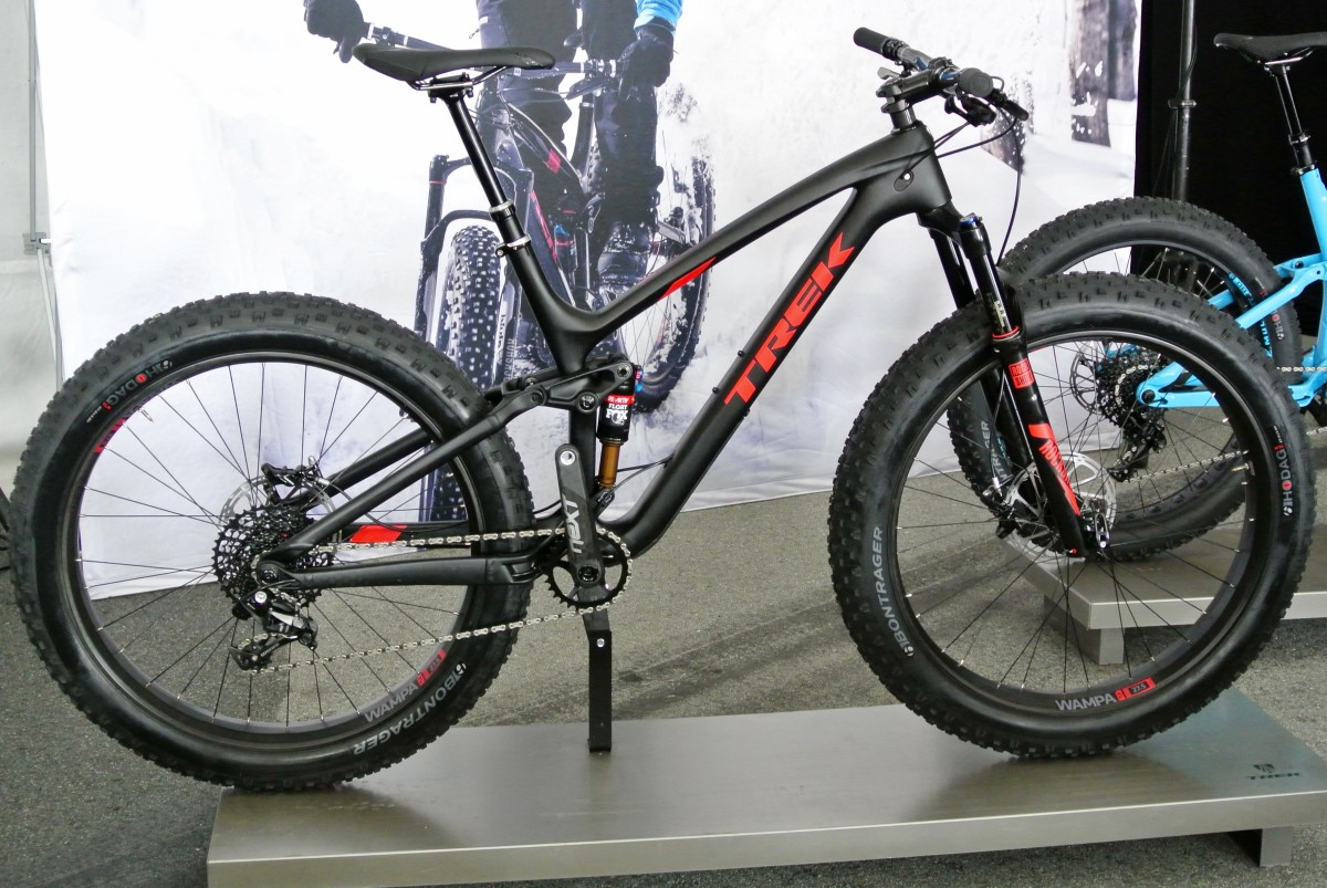 The new Trek Farley EX 9.8, equipped with Bontrager's new Drop Line post