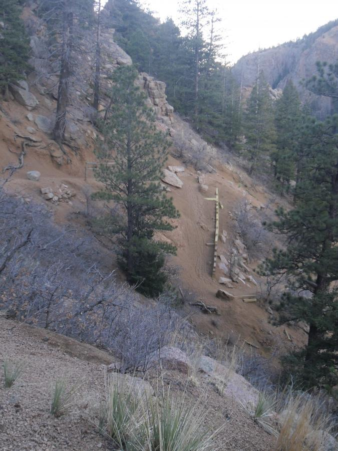 A typical set of switchbacks on the Columbine trail.