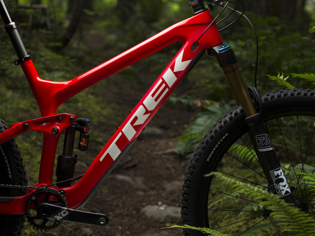 Trek Slash Gets 29 Quot Wheels For 2017 Singletracks